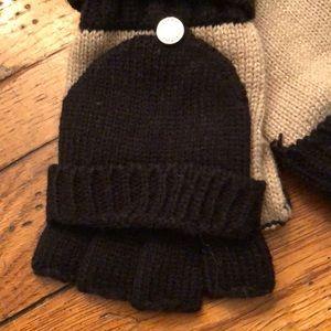 Calvin Klein Accessories - NWT - Calvin Klein Women's Mittens/Gloves